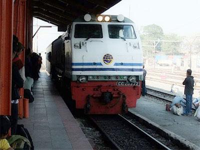 Pesan Tiket Kereta Api Jakarta Surabaya Pusat Online Easybook Id