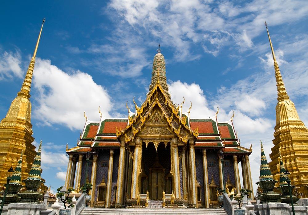 http://www.easybook.com/images/destination/Thailand/Bangkok/TempleoftheEmeraldBuddhaWatPhraKaew/TempleoftheEmeraldBuddhaWatPhraKaew5.jpg