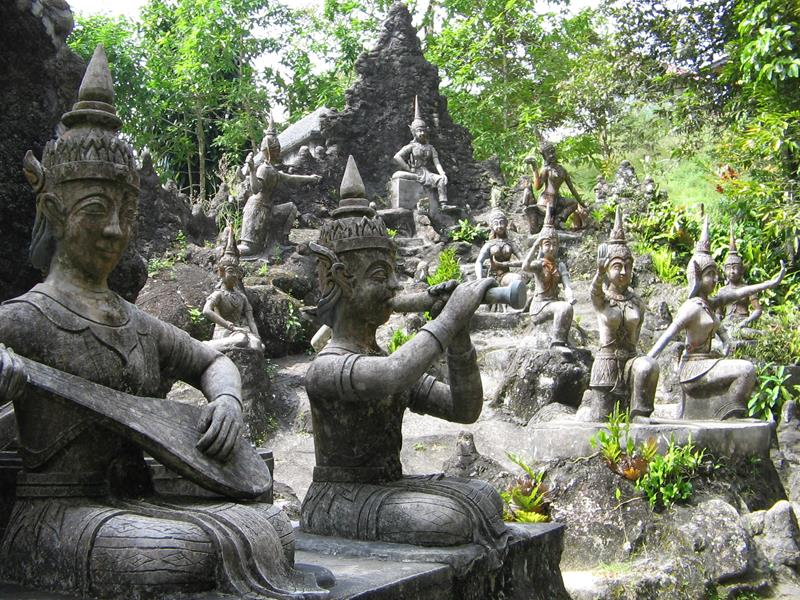 Tour Secret Buddha Garden
